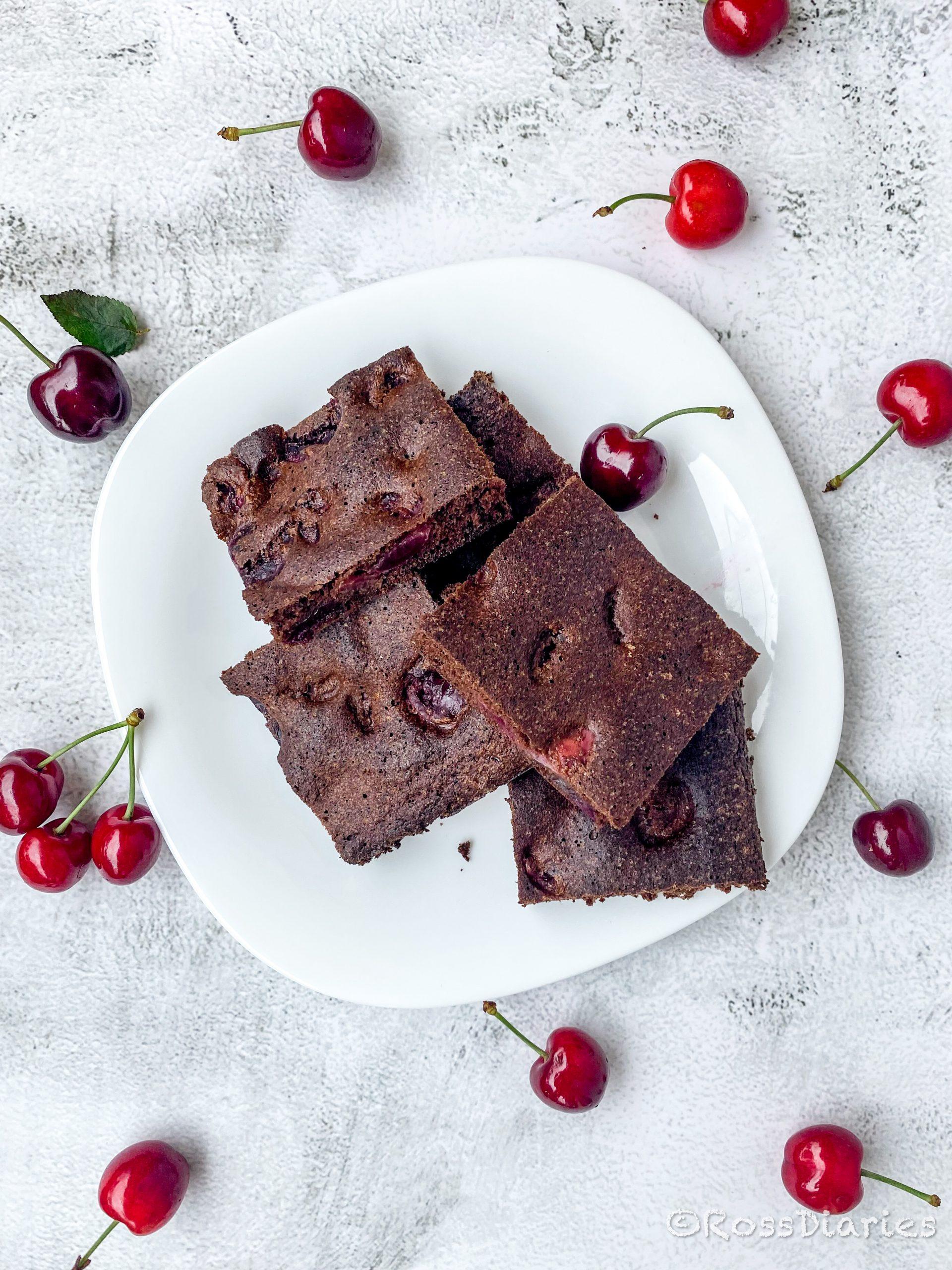 Шоколадов сладкиш с череши